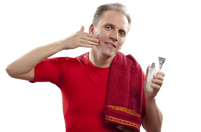 Set de afeitado de jabón natural y agua termal para evitar irritacion y los granos al afeitarse